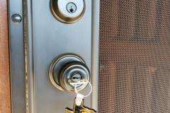 mobile-screens-security-doors-06
